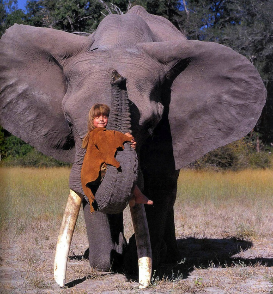 girl-with-elephant