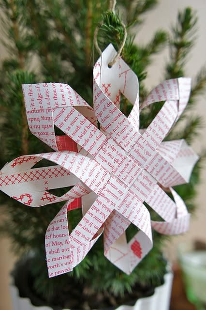 Decorate-Your-Christmas-Tree-With-Beautiful-Paper-Ornaments-homesthetics-39
